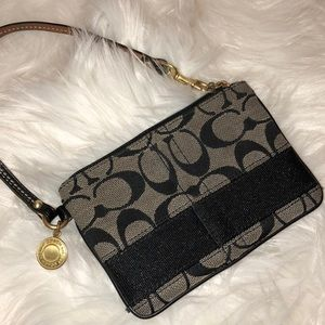 Coach Wristlet Wallet Signature Print Very Good